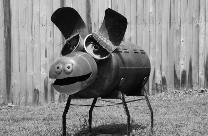 pig garden art