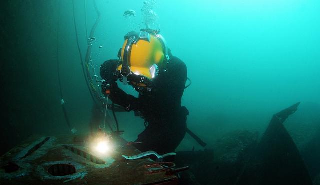 underwater patch welding