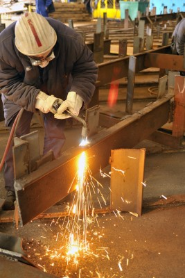 cutting steel beam