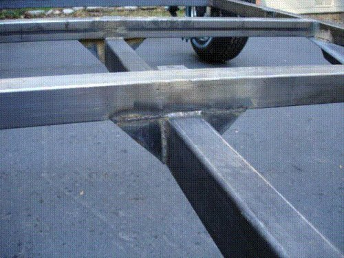 trailer gusset welds
